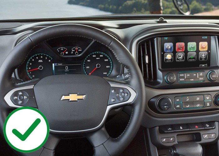 Chevrolet Colorado and GMC Canyon offer better technology than the Toyota Tacoma