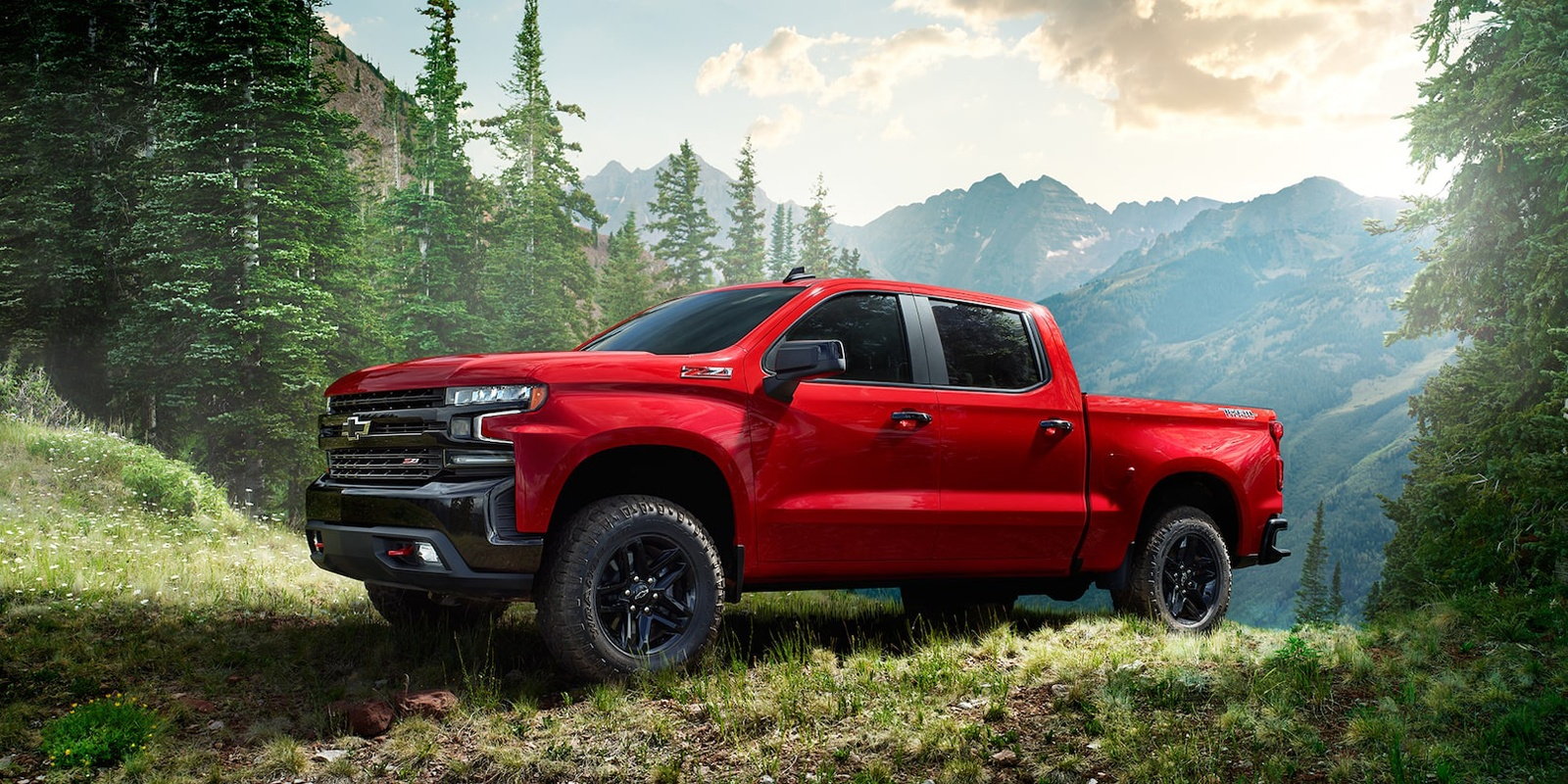 Get a new 2019 Chevrolet Silverado pickup truck in Georgetown and Halton Hills